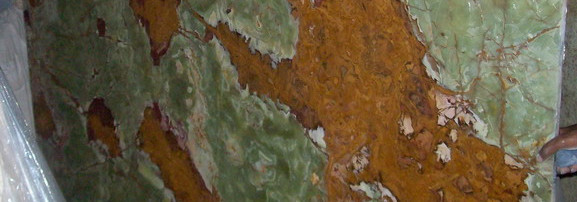 multi-green-onyx-slabs-12.jpg