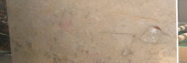 sahara-gold-marble-slabs-03.jpg
