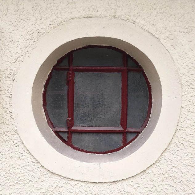 Circular window light.jpg