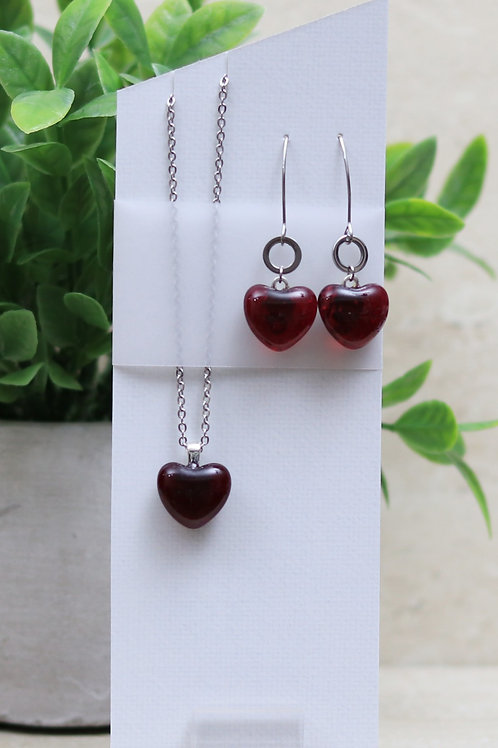 Cranberry  Clear Glass Heart Set