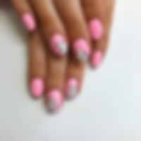 Obsessed with these pink abstract nails!