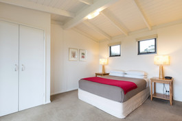 Stringybark bedroom.jpg