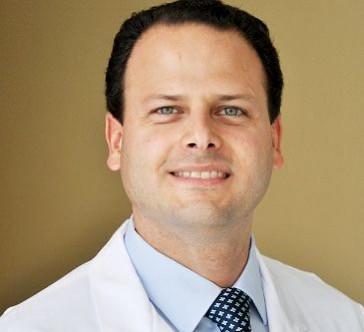 Dr. Carlos García Etienne