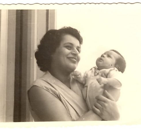 Pasadena Marriage Counseling Specialist Daphna Levy As A Baby