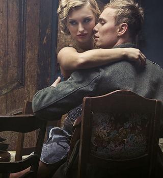 Sexy 1920's couple