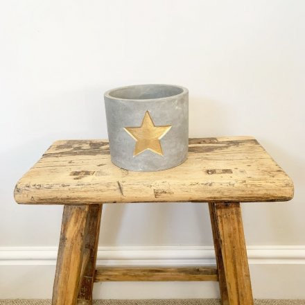 Gold Star Rustic Cement Planter Pick up in Store Only