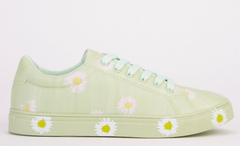 Green Daisy Laced Sandshoe