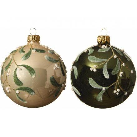 Glam Christmas Shaterproof Mistletoe Handpainted Bauble