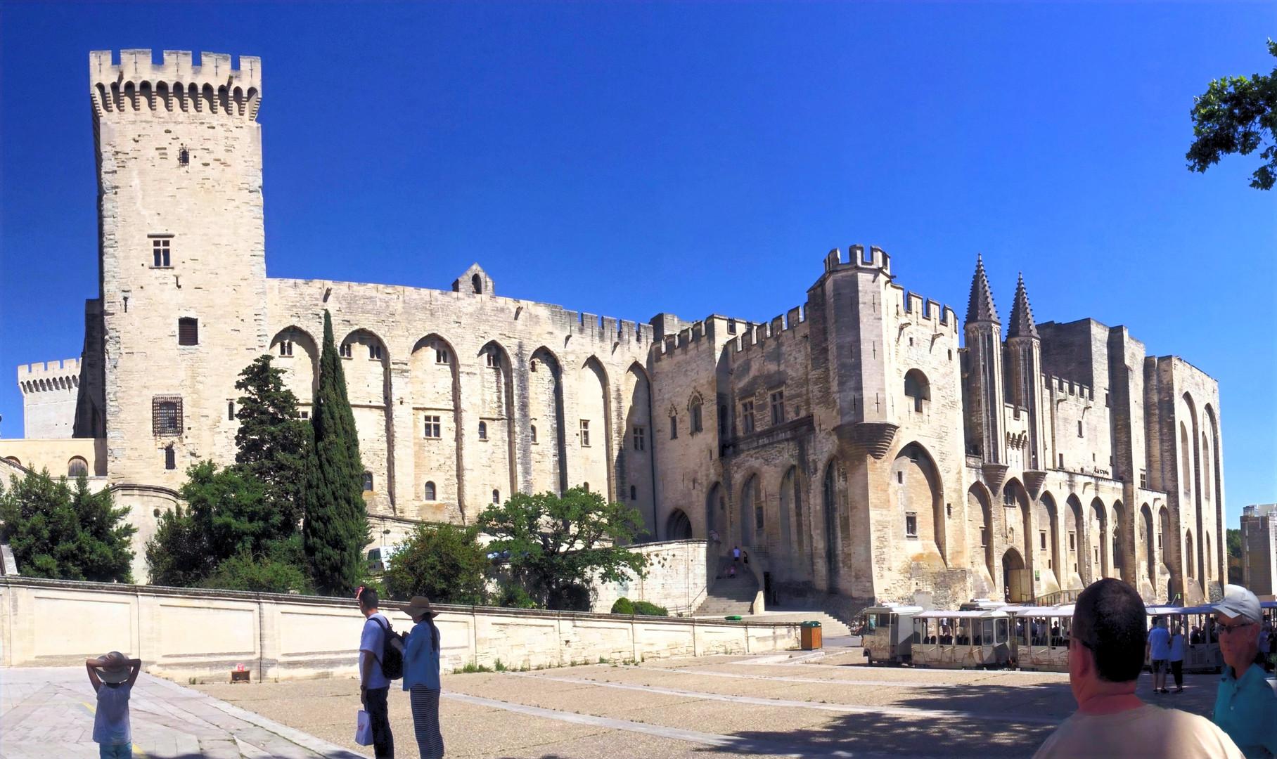 The Walls of Avignon