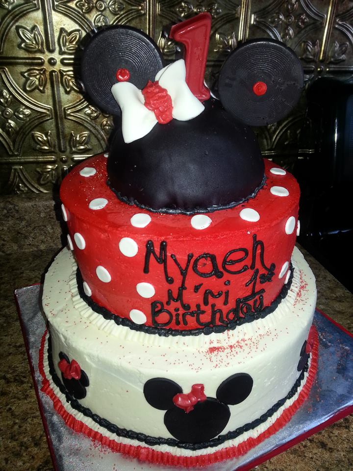 Red black minnie mouse