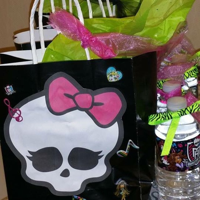 Monster high bags