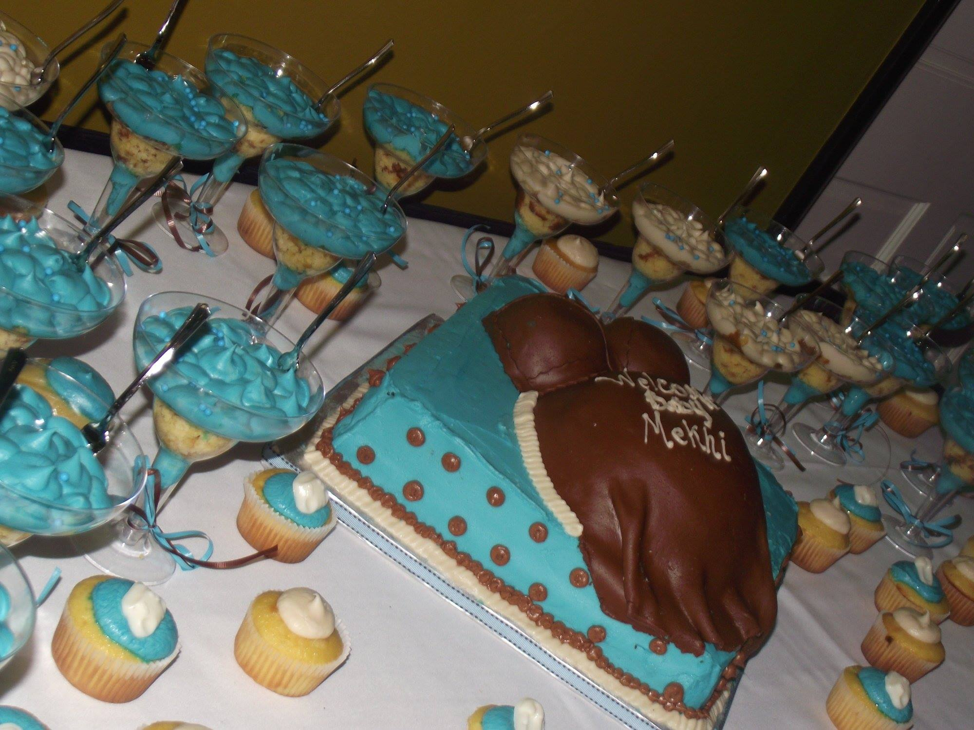 babyshower treats table