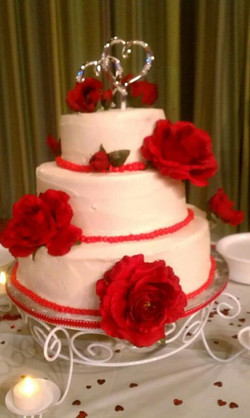 red and white wedding cake