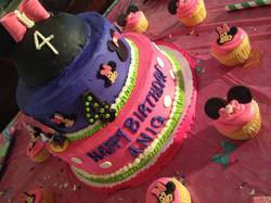 mininie mouse cake