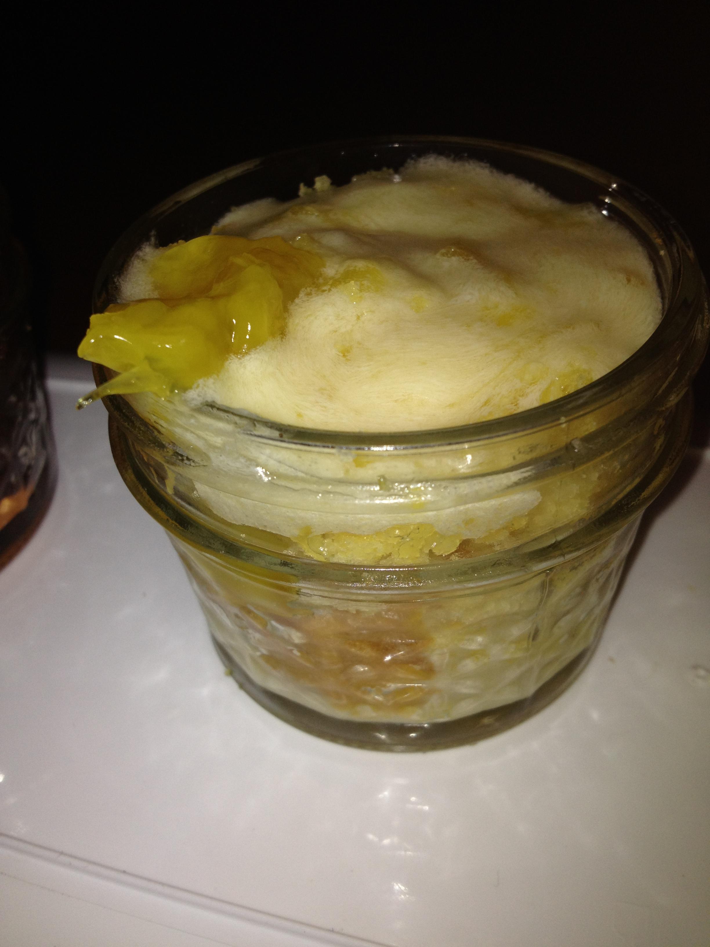Pinapple cake jars