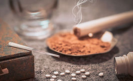 Services_TuiNa_Moxibustion.jpg