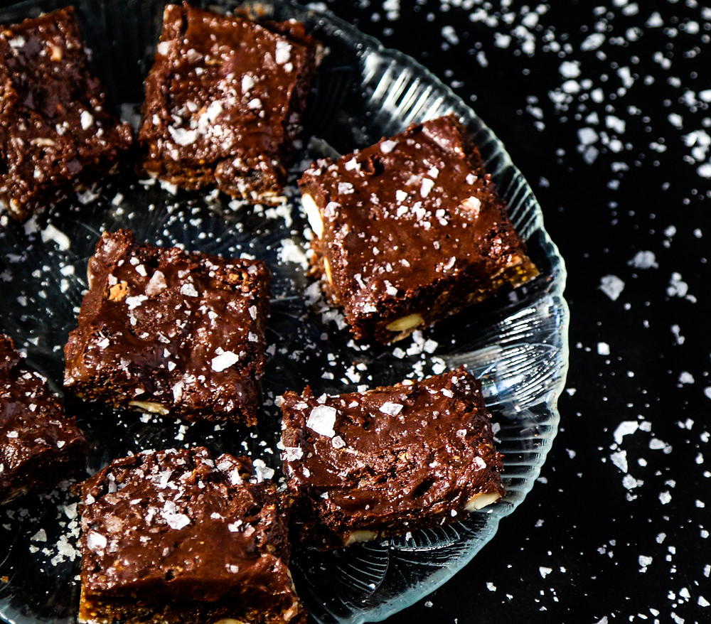 nut and fruit based brownie. rethink your brownie!