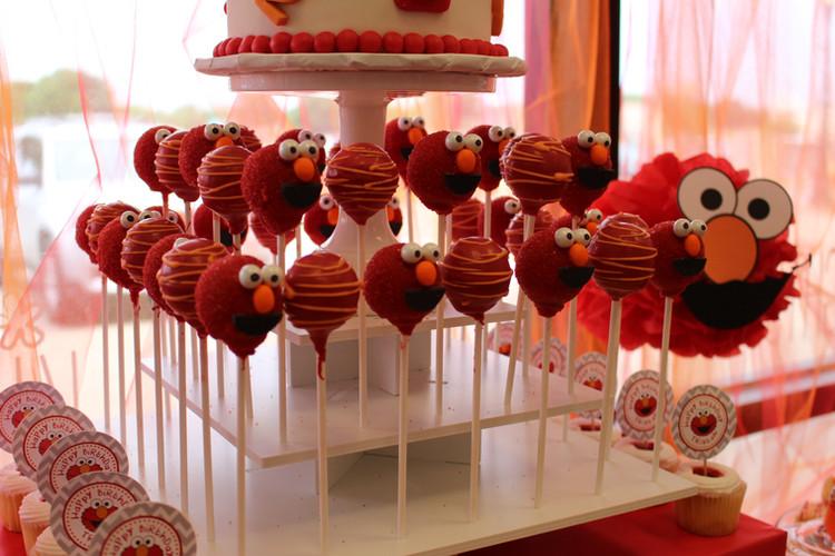 Elmo Cake Pops.JPG