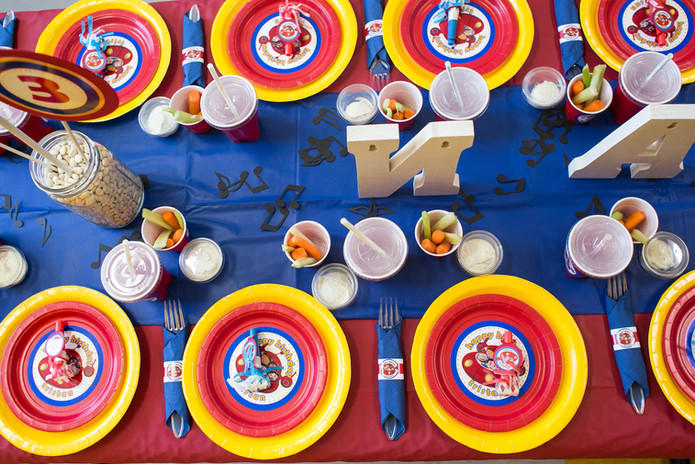 Parties-Little Einsteins Table Setting 0