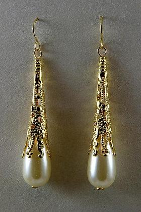 """Melania"" White Pearl Gold Plated Earrings"
