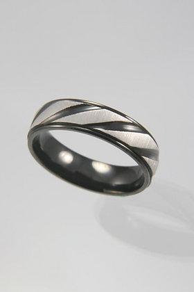 """Berqin""Titanium Black & Silver Band Ring"