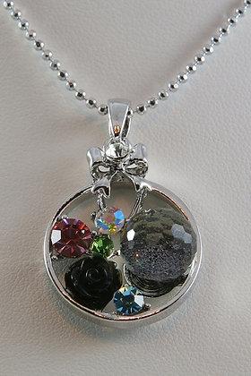 """Elisabetta"" Crystal Black Flower Pendant"