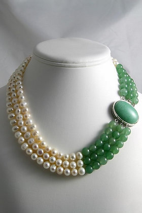 """Katrina""Green Jade & Pearl Necklace"