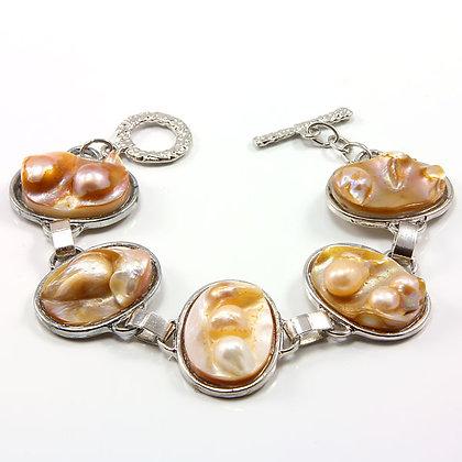 EININ Natural Blister Pearl Shell Bracelet