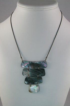 """Halle"" Black Lip Shell Gun Metal Necklace"