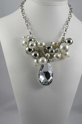 """""""Holly"""" Metal & Pear Ball Deco Necklace"""