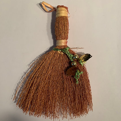 "Cinnamon Broom 6""L"
