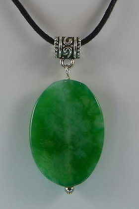 """""""Hermione""""Green Agate Oval Pendant"""