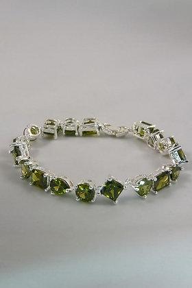 """Liora"".925 Sterling Silver Peridot Bracelet"