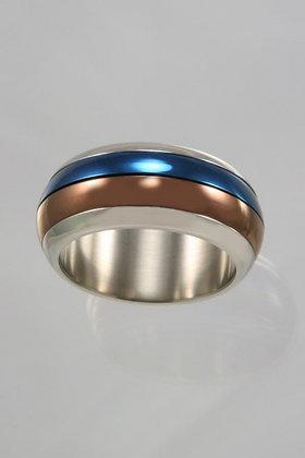 """Elary"" Titanium Three Tone Movable Ring"