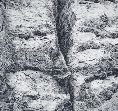 VE SKALÁCH / čárový lept 28x28cm / 2020    In the rocks / etching 28x28cm / 2020