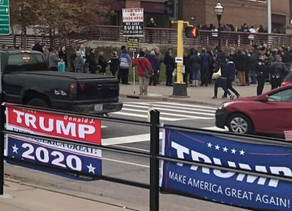 Trump Supporters Stand Up and Say No to Socialism in Minneapolis