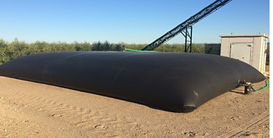 Citernas flexibles, depósitos flexibles, FlexiCisternas, para el almacenamiento de agua, agua para riego, abonos líquidos, purines