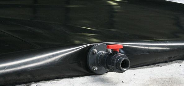 Cisterna flexible para el almenamiento de agua, purines, lixiviados, etc.
