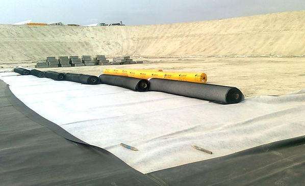 waterproofing reservoirs, waterproofing lakes, waterproofing golf sites, hdpe,polyethylene, solar thermal plant