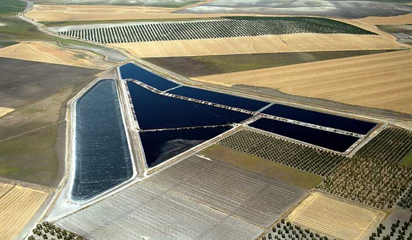 waterproofing reservoirs, waterproofing lakes, waterproofing golf sites, hdpe,polyethylene, olive pools, pools