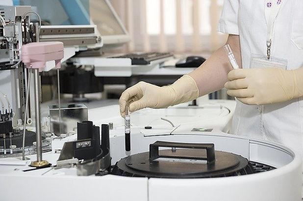 laboratory-563423_640.jpg