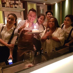 I love love love love birthdays🎉💖🎼🎶💝 We must allow people to love us!Congratulations Roberto! Y