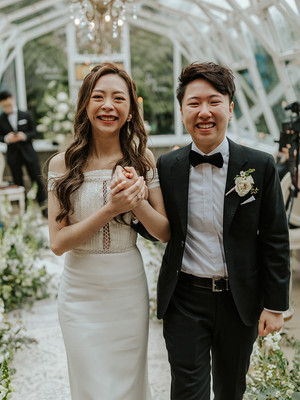 Love Story | 2021 BC Greenhouse Elopement