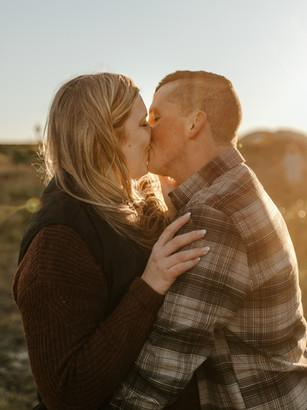 Love Story | Golden hour Pitt Lake engagement