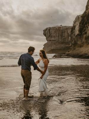 Love Story | New Zealand Beach Elopement