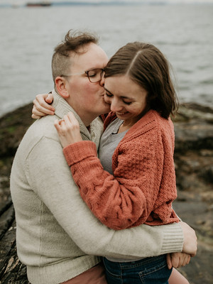 Love Story | Moody cliffside West Vancouver engagement