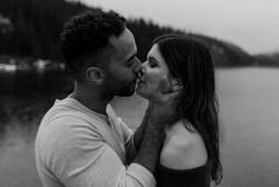 NicoleTyler-engagement-oliveandbeanphoto