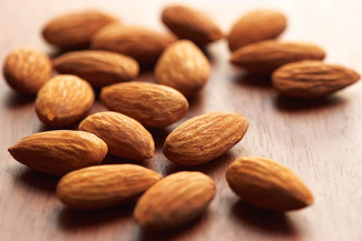 3 Reasons Why Having A (Healthy) Snack Is A Good Idea