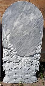 резной памятник из мрамора, памятник в виде корзины