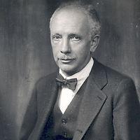 R. Strauss.jpg